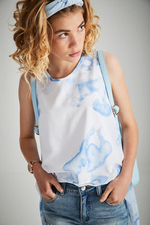 bianca blue and white tie dye print scooped hem boho top