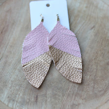 Load image into Gallery viewer, Blush/ Gold tipped Feather Fringe