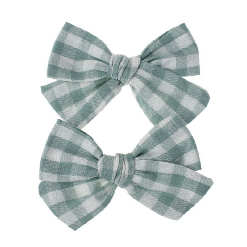 Playful Plaid Bows in Green