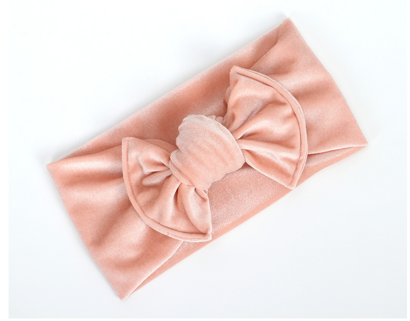 Knotted Velvet Bow in Pink