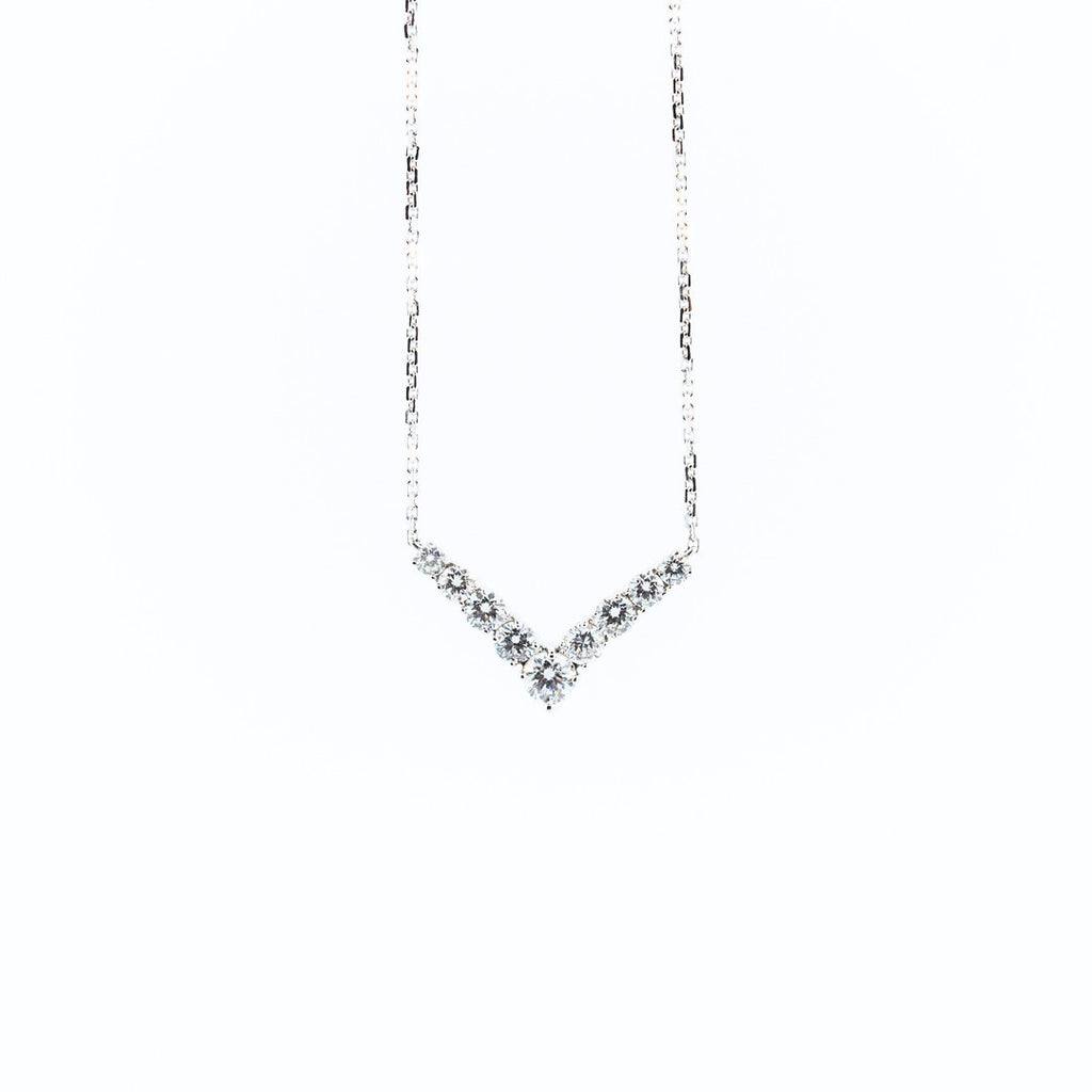 A. Link Diamond V Necklace