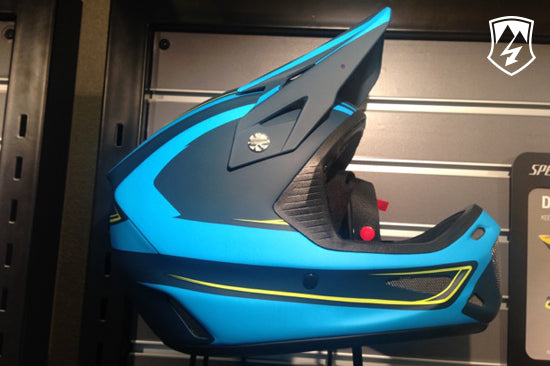 specialized-Disident-dh-helmet-magnetic