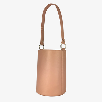 Bucket Bag Dusty Rose - HYER GOODS- sustainable leather - designed by Dana Cohen in Brooklyn New York