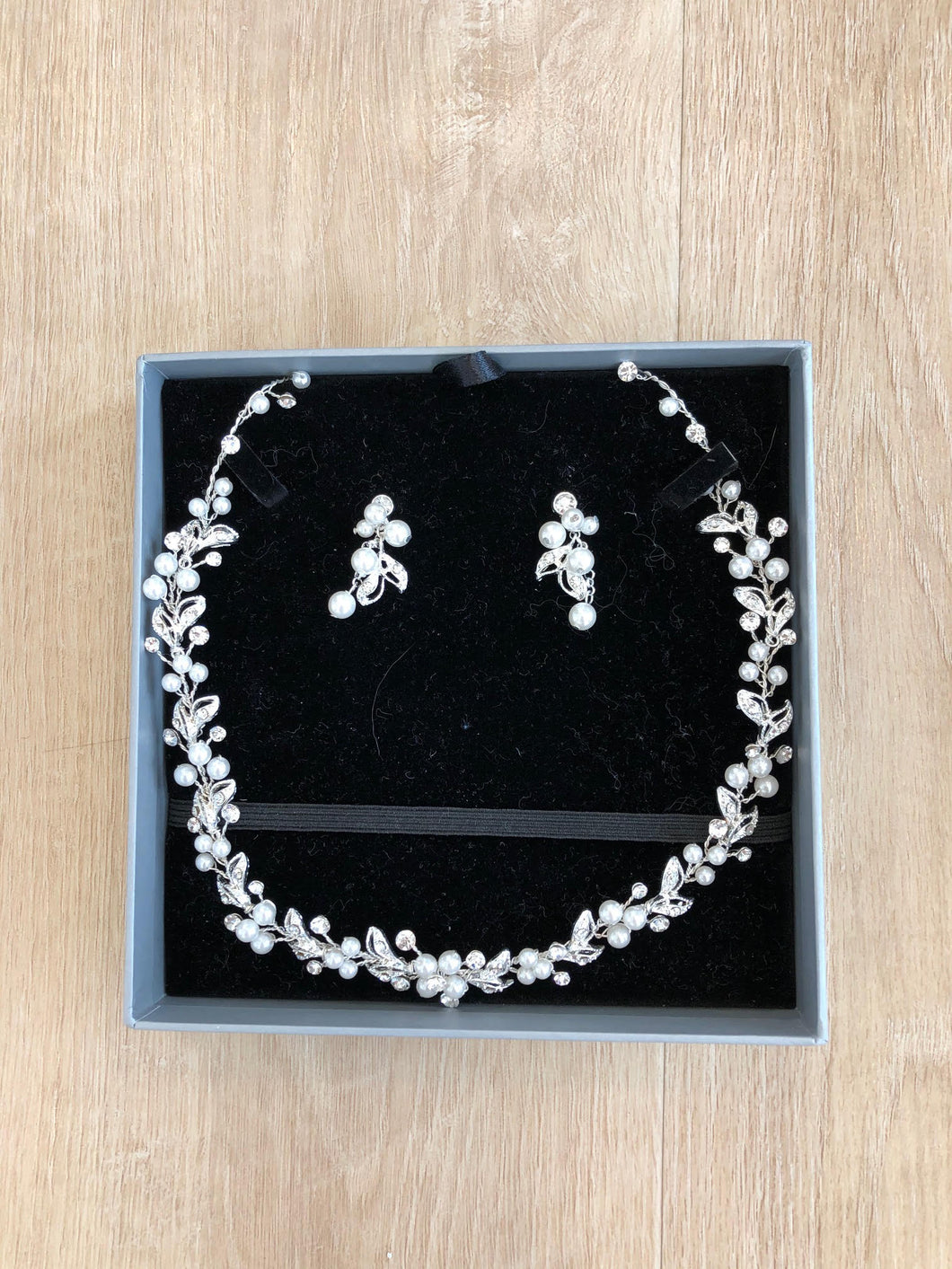 Bridal Classic Earring & Necklace Set