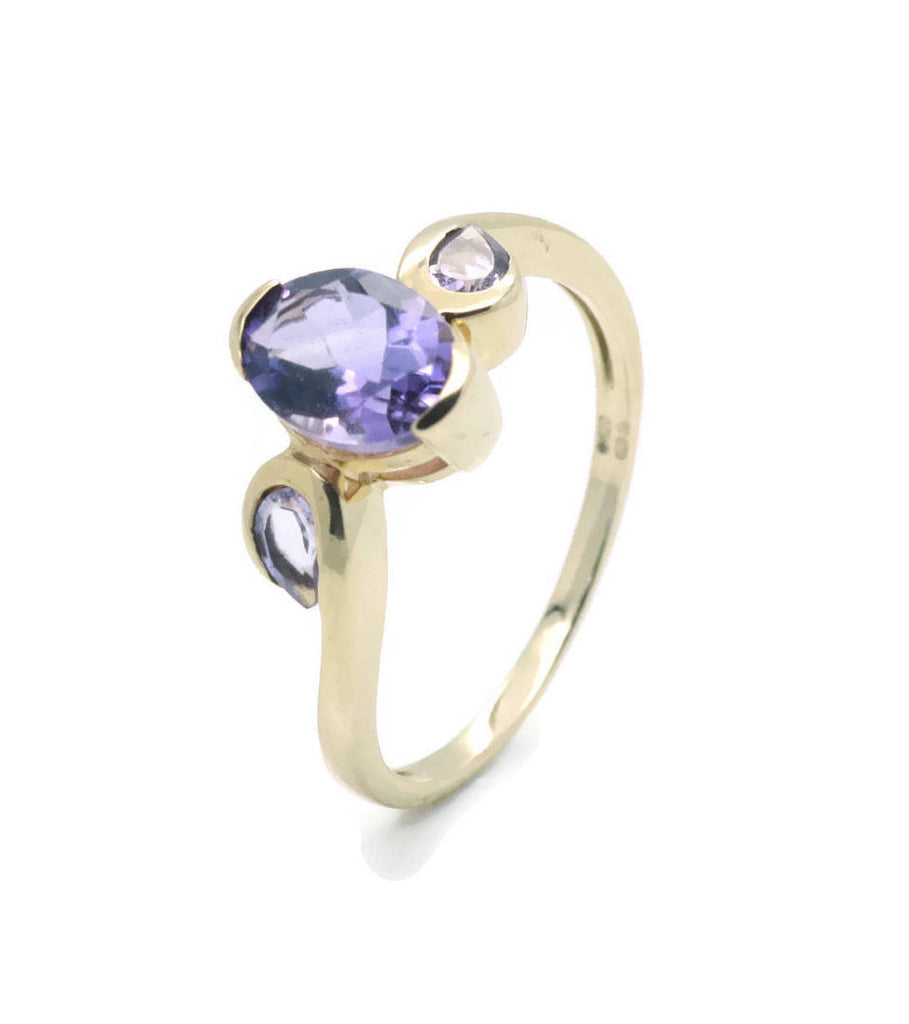 Oval Amethyst Ring 9ct Yellow Gold