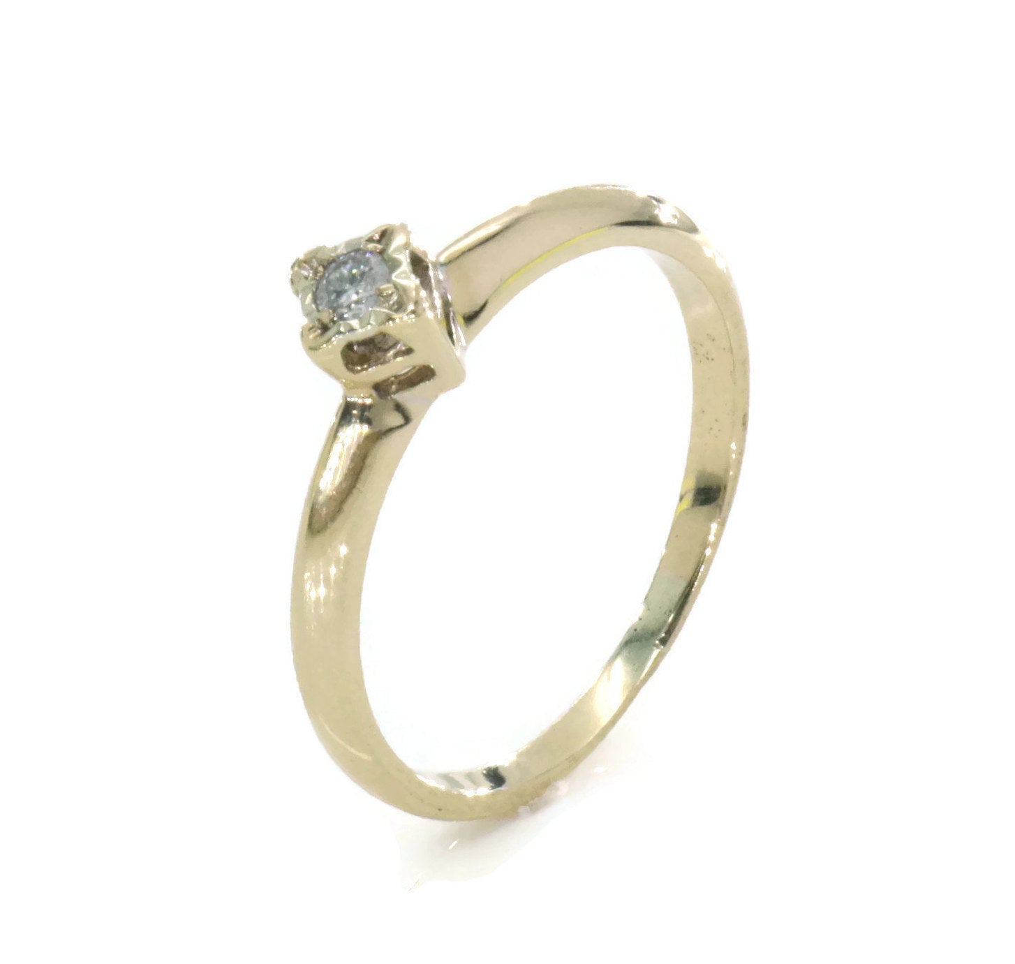 Solitaire White Diamond Ring 9ct Yellow Gold