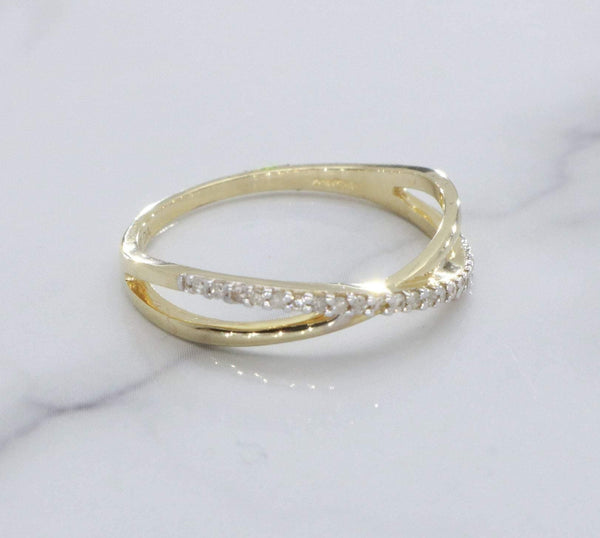 Diamond Crossover Engagement Ring 9ct Gold