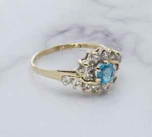 Blue Topaz & Cubic Zirconia Ring 9ct Gold