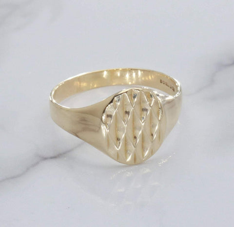 Diamond Cut Signet Ring 9ct Yellow Gold