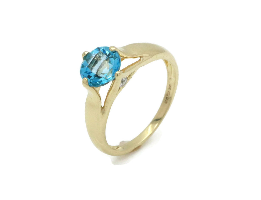 Sky Blue Topaz & Diamond Ring 14ct Yellow Gold