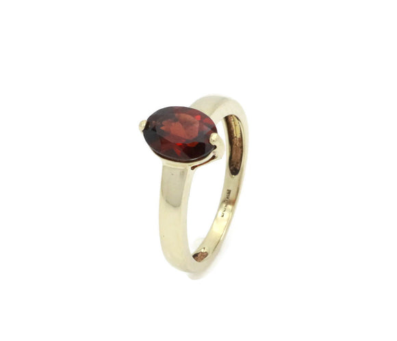 Vintage Garnet Engagement Ring 9ct Gold