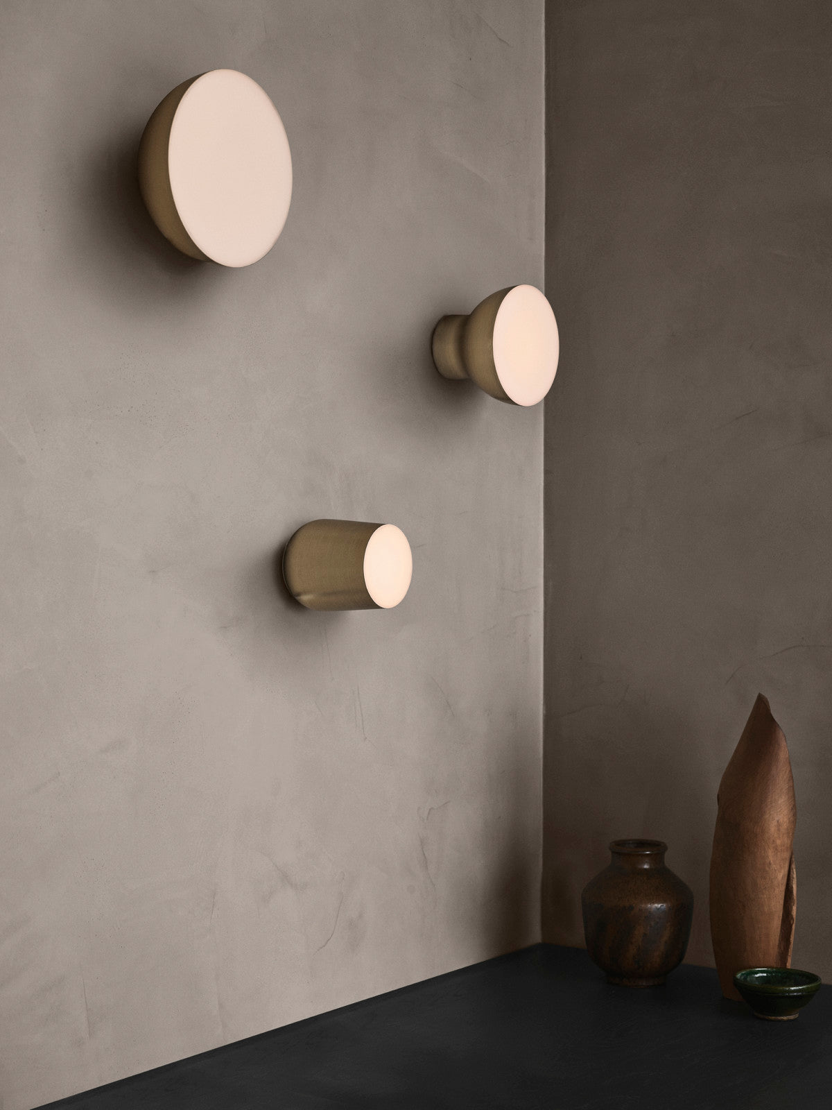 Passepartout J10 Ceiling and Wall Light