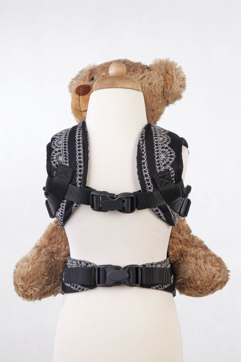 Lenny Lamb Glamorous Lace Doll Carrier