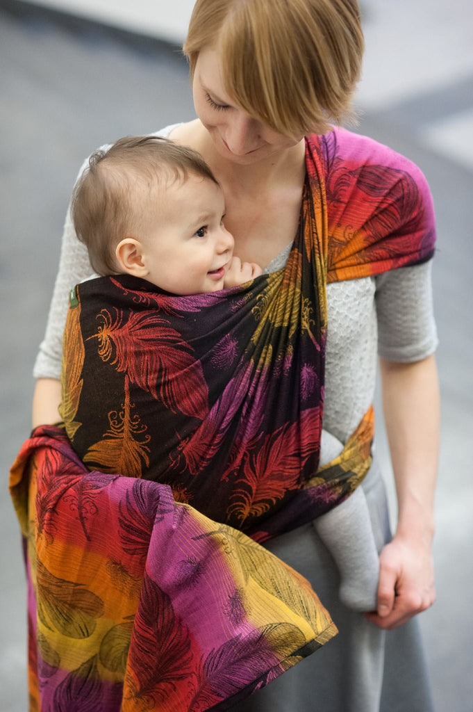 Lenny Lamb Feathers on Fire Wrap (cotton)