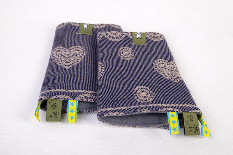 Lenny Lamb Blueberry Lace Drool Pads and Reach Straps Set