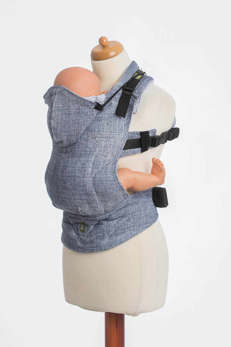 Lenny Lamb Denim Ergonomic Full Buckle Carrier (cotton)