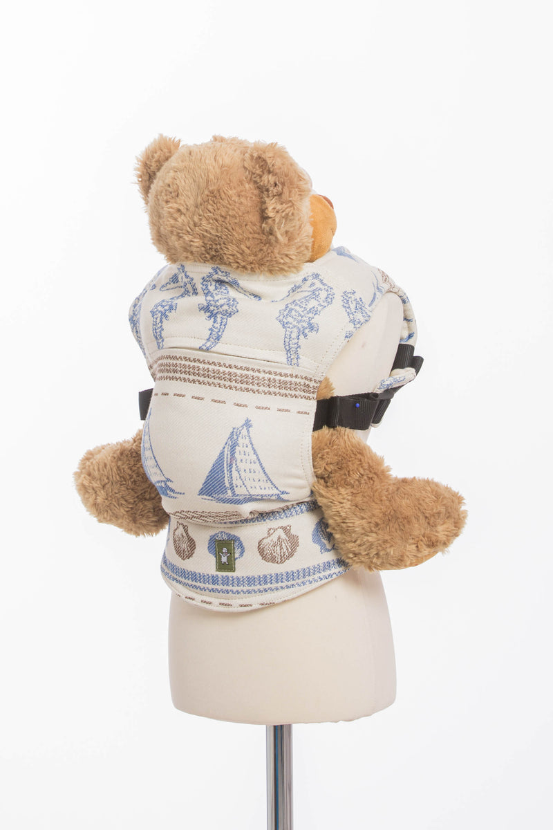 Lenny Lamb Baltica Doll Carrier