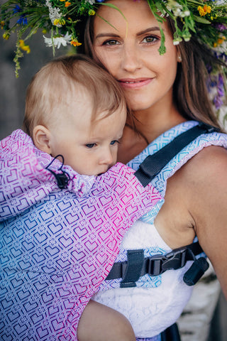 Lenny Lamb Big Love Wildflower Ergonomic Full Buckle Carrier (bamboo blend)
