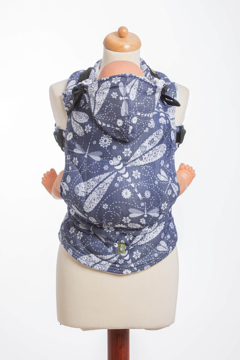 Lenny Lamb Dragonfly White and Navy Ergonomic Full Buckle Carrier (bamboo blend)