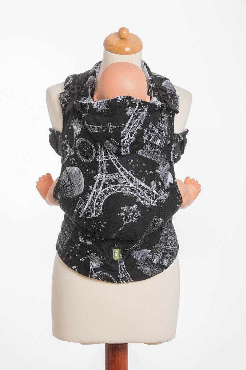 Lenny Lamb The City of Love at Night Ergonomic Full Buckle Carrier
