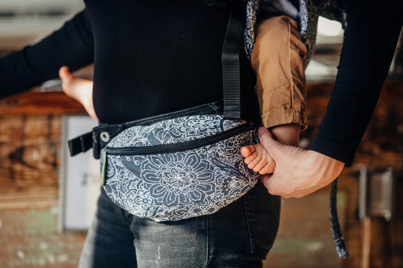 Lenny Lamb Wild Wine Grey and White Waist Bag