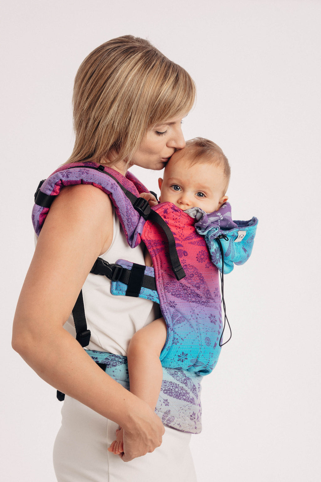 Lenny Lamb Dragonfly Farewell to Summer Ergonomic Full Buckle Carrier