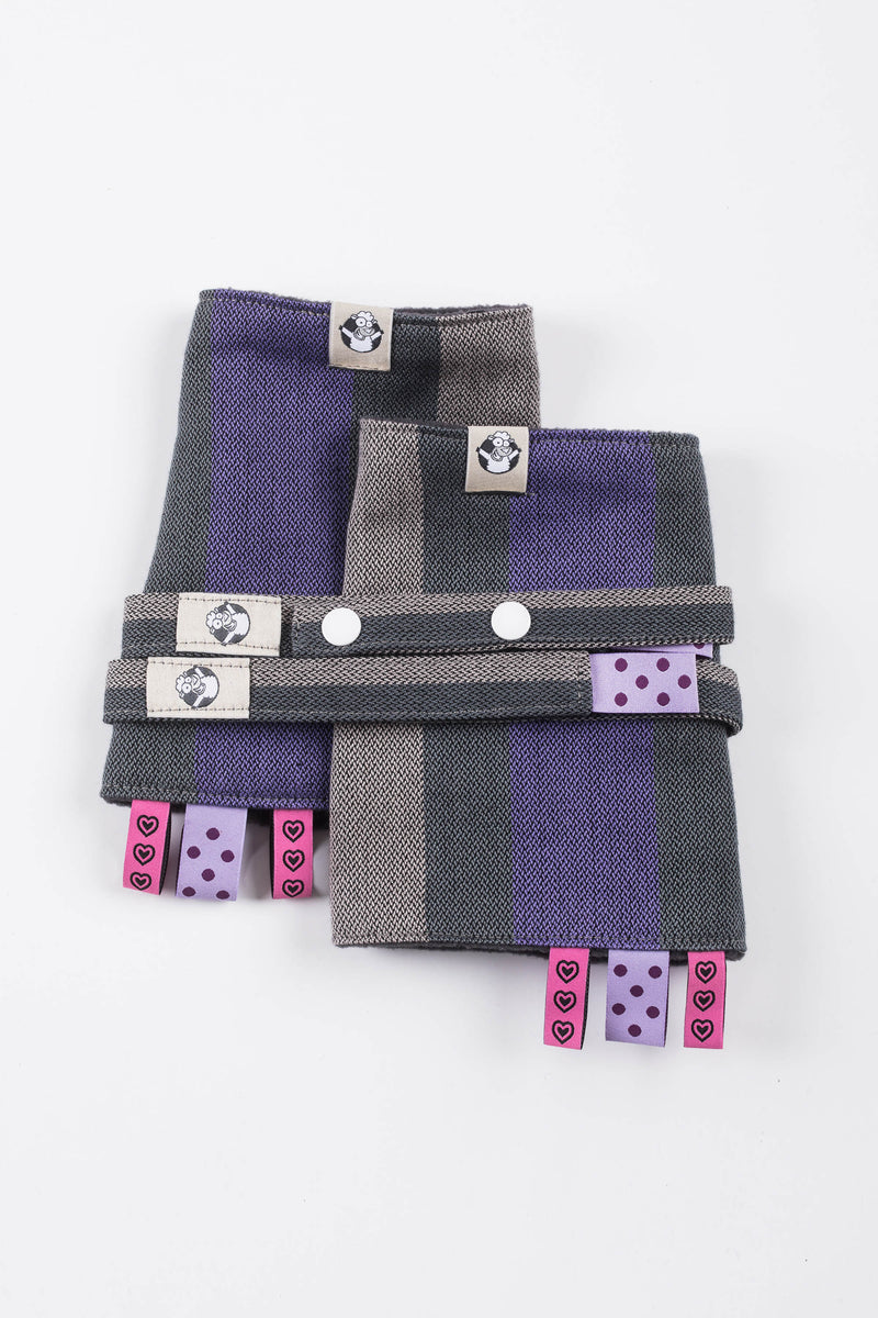 Lenny Lamb Smoky Lilac Drool Pads and Reach Straps Set
