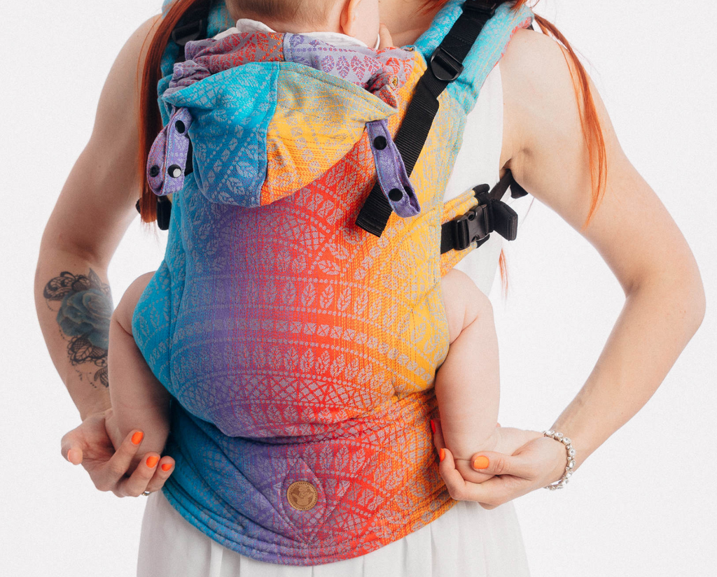 Lenny Lamb Peacock's Tail Sunset Full Buckle Child Carrier