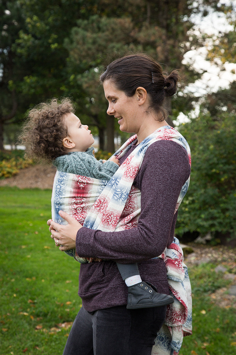 Smitten with Wovens Queen Anne's Revenge - Stern (tencel) baby carrier baby wrap