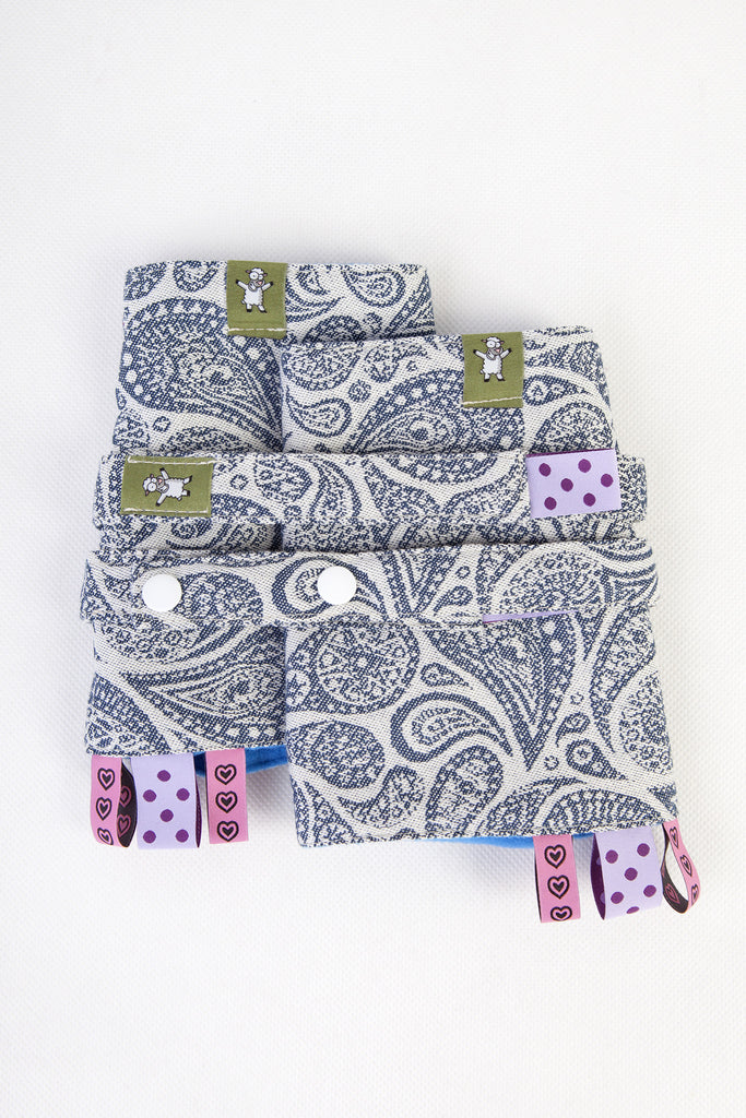 Lenny Lamb Paisley Navy Drool Pads and Reach Straps Set (cotton)