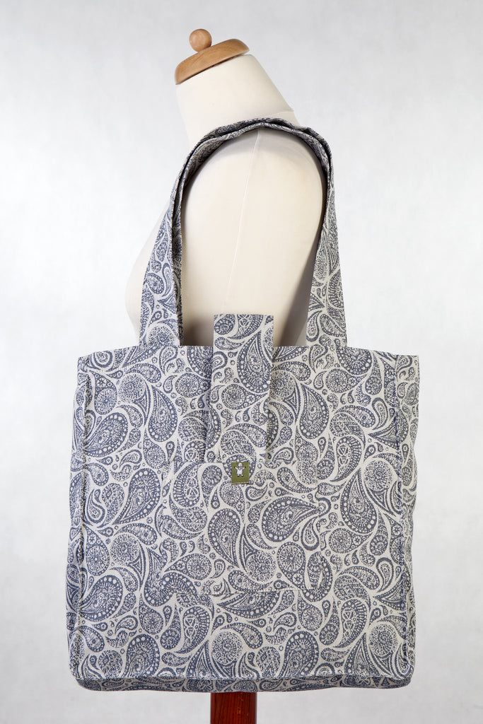 Lenny Lamb Shoulder bag Paisley Navy and Cream