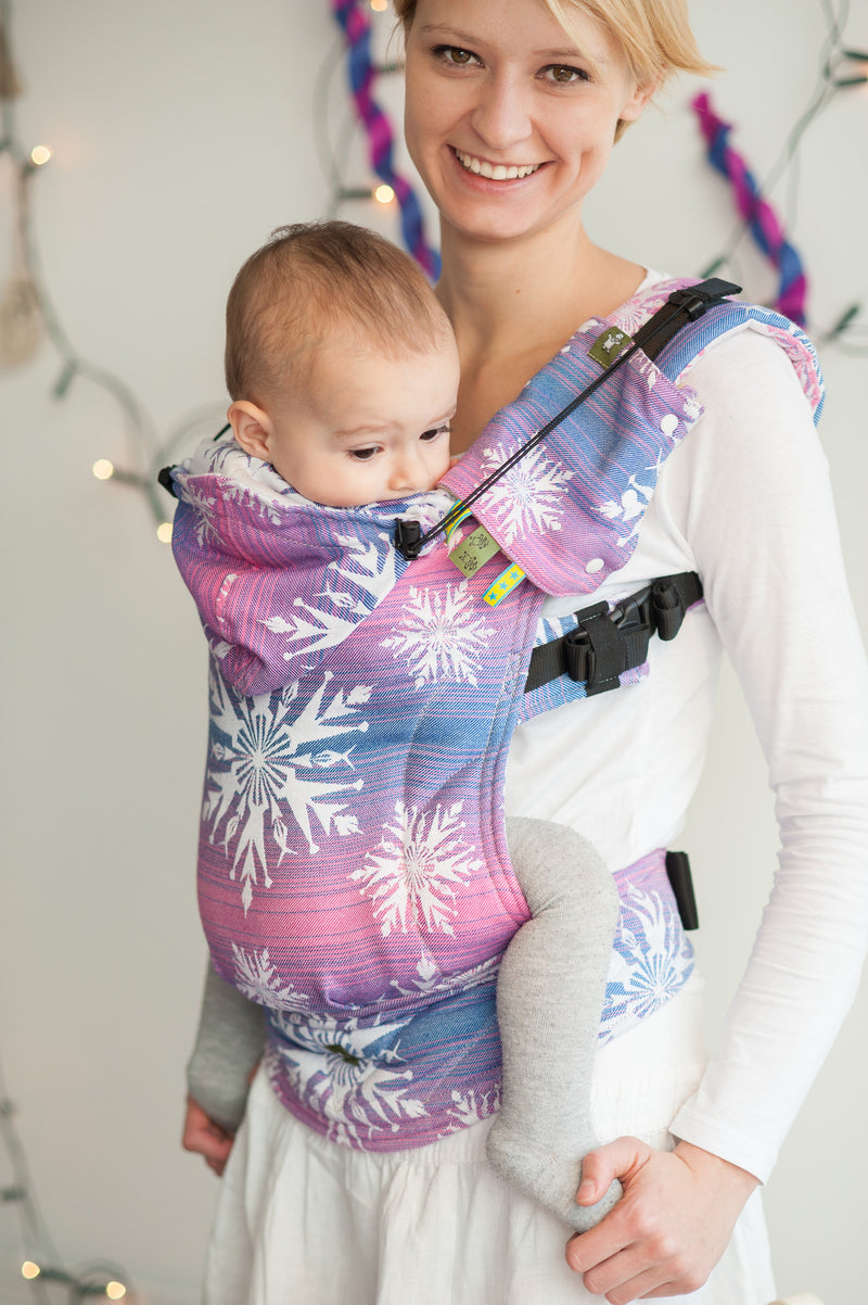 Lenny Lamb Ergonomic Full Buckle Carrier Winter's Delight (cotton) PREORDER