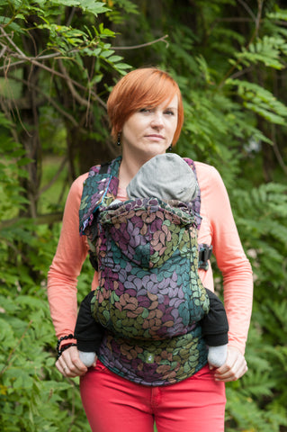 Lenny Lamb Ergonomic Full Buckle Carrier Colors of Rain (cotton)