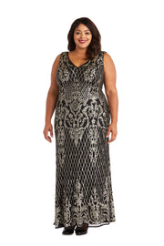 Plus Sequined Maxi Gown with V-Neck and Fitted Silhouette