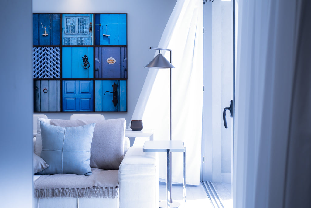 TRUE FASHIONISTA HOME: WHAT TO DO WITH PANTONE BLUE