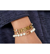 Load image into Gallery viewer, 30 Montaigne Bracelet • Gold-Finish Metal and White Resin Pearls