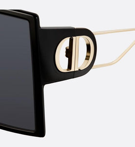 30Montaigne • Black Square Sunglasses