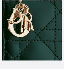 Load image into Gallery viewer, Lady Dior 5-Pocket Card Holder • Green Calfskin