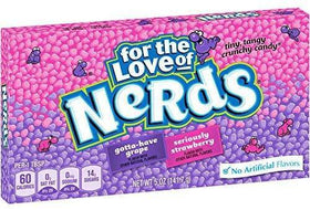 Grape & Strawberry Nerds Theatre Box 5oz (141.7g)