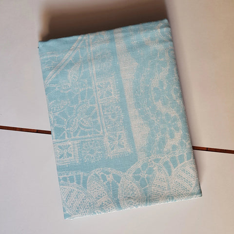 Table cloth : Lace in Sky Blue x Printink Studio