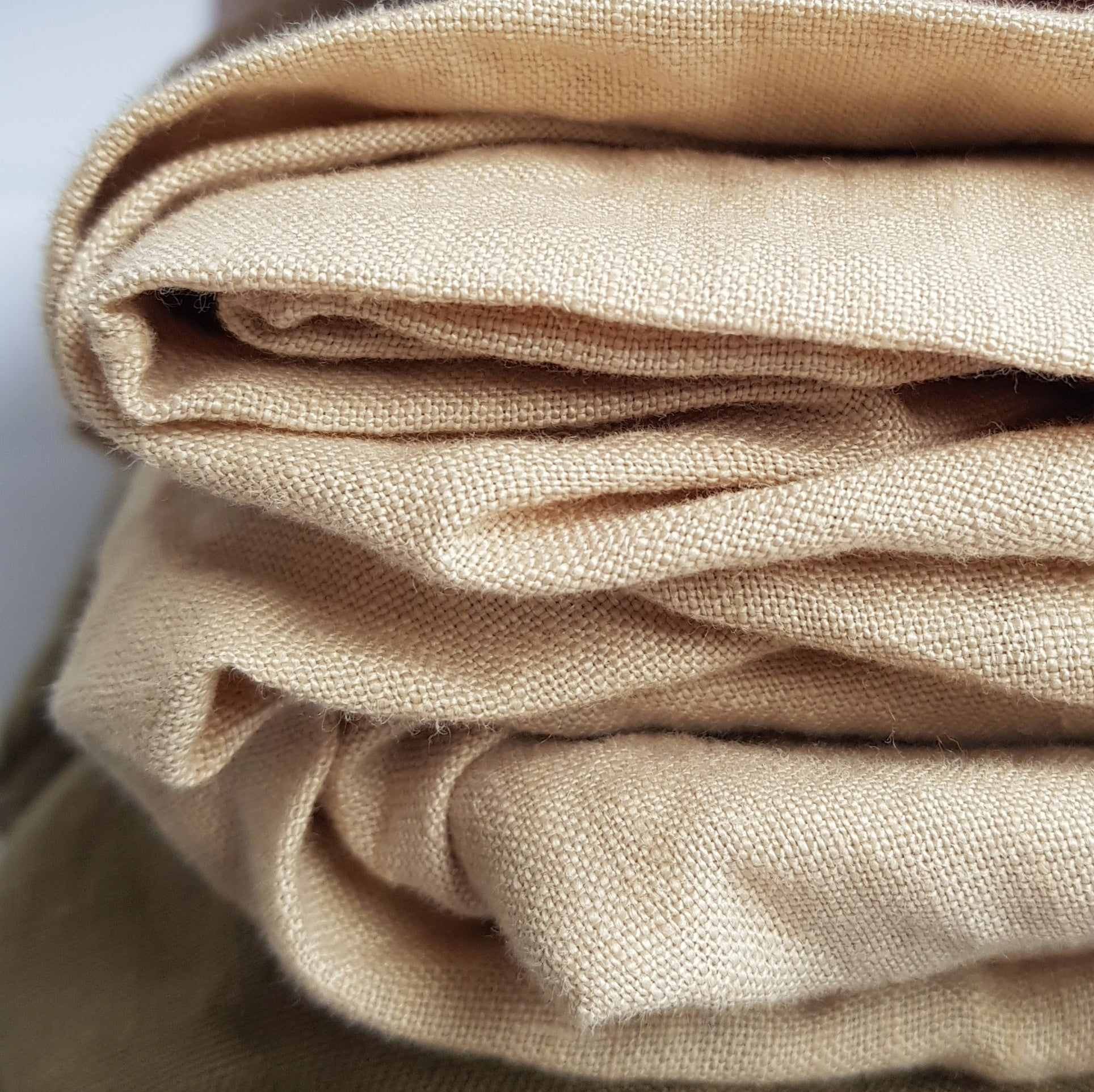 Linen fitted cot sheet