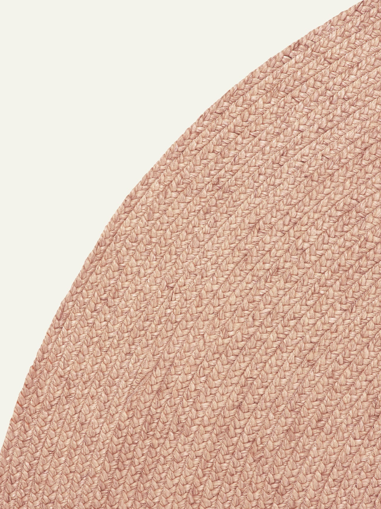Armadillo floor rug : Braid weave in Blush