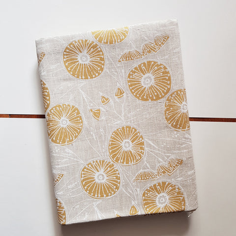 Table cloth : Gum Flower in Caramel x Printink Studio