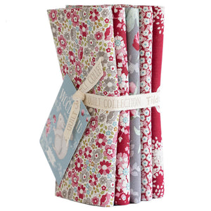 TILDA WOODLAND FAT QUARTER RED/GREY BUNDLE