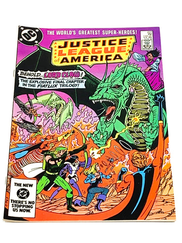JUSTICE LEAGUE OF AMERICA #227. VFN CONDITION