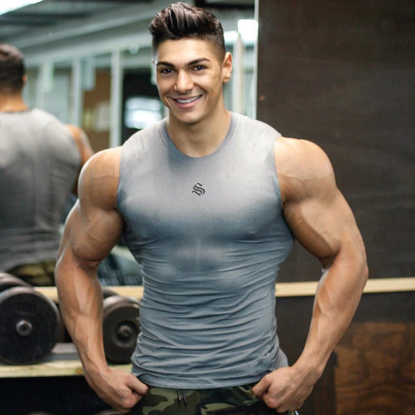 Tight training sleeveless t-shirt