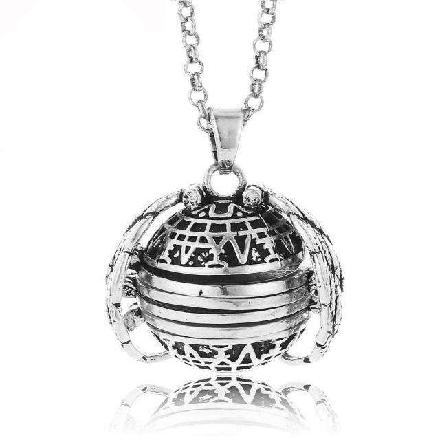 Mother's Day LAST DAY PROMOTION )EXPANDING PHOTO LOCKET - Discounts You May Like