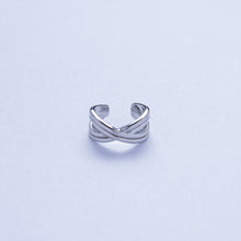Load image into Gallery viewer, Union Ear Cuff - Silver