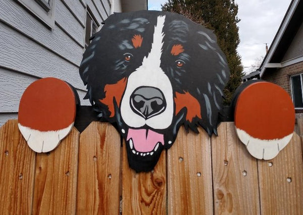 Bernese Mountain Dog Fence Peeker Yard Art Garden Playground Decoration