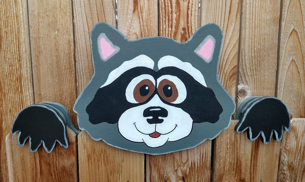 Raccoon Fence Peeker Yard Art Garden Playground Decoration